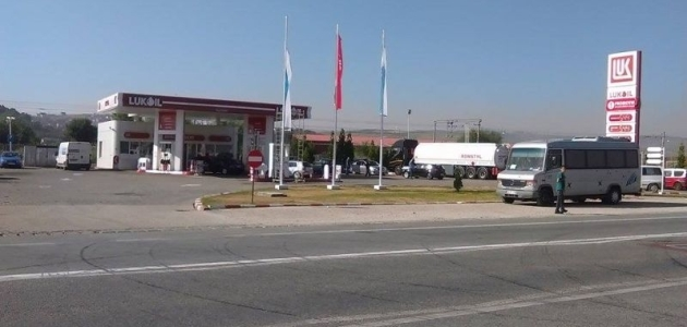 Apă în loc de benzină la Lukoil Sannicoara. UPDATE